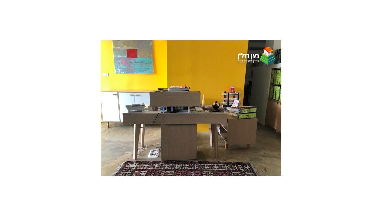משרד להשכרה או מכירה במיקום מרכזי ונגיש בציר מוריה